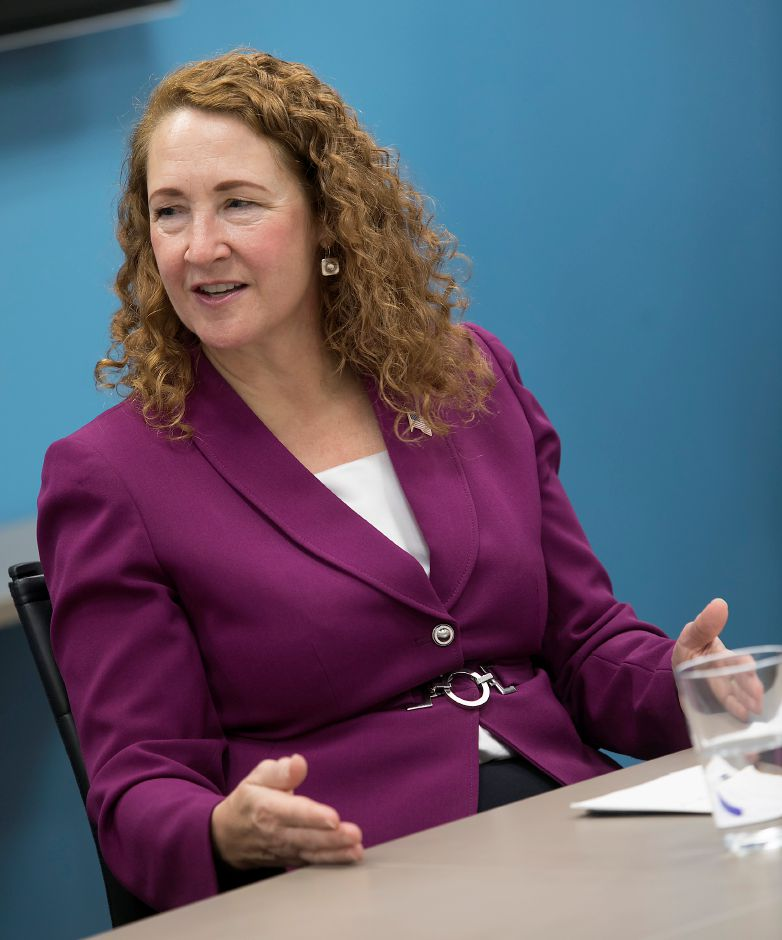Congresswoman Elizabeth Esty (CT-5) meets with officials from the Community Health Center Association of Connecticut (CHCACT) in Cheshire to share their concerns over the uncertainty of both federal and state funding sources to their health centers, Monday, February 12, 2018. Dave Zajac, Record-Journal
