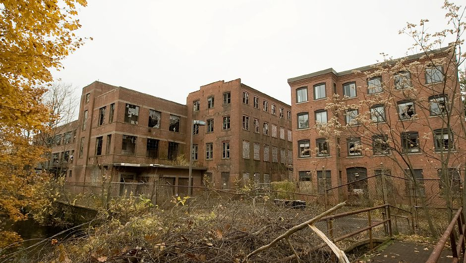 Rear view of the former Factory H building, left, and medical office building, right, in Meriden Wednesday Novemebr 16, 2011. (Dave Zajac/Record-Journal)