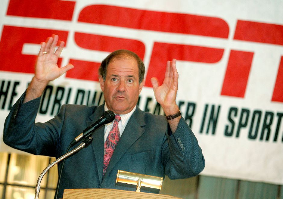 Record Journal Photo/ Johnathon Henninger 8.25.09 - ESPN Sports Announcer, Chris Berman, speaks to the crowd at the Aqua Turf in Southington Tuesday afternoon as the featured speaker at the Greater Southington Chamber of Commerce