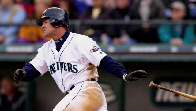 FILE - In this April 4, 2001, file photo, Seattle Mariners