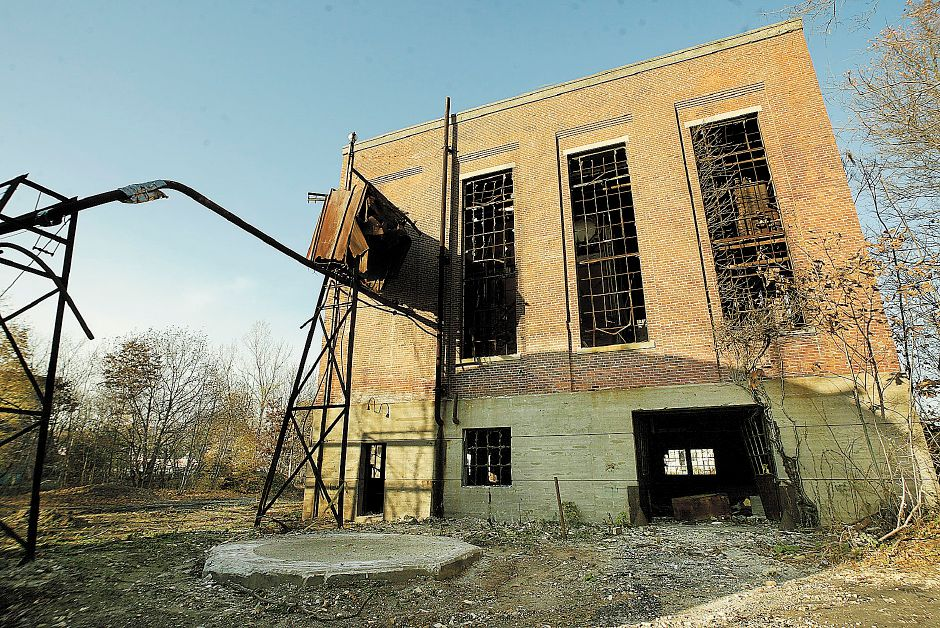 *****RJ FILE 2005***** Exterior of the former International Silver Co. Factory H power plant off Cherry St. in Meriden Thurs., Nov. 11. The site is open to anyone with no signs in evidence and no locked gates.