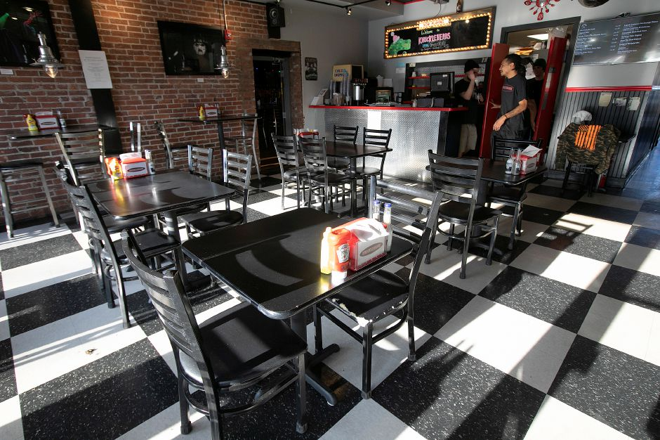 The dining room at Knuckleheads, 80 Center St. in Wallingford, Wednesday, Dec. 12, 2018. Dave Zajac, Record-Journal