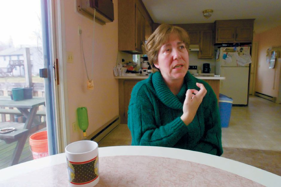 RJ file photo - Deborah Robarge of Southington talk in her home about her experience with Trigeminal Neuralgia, March 1999.