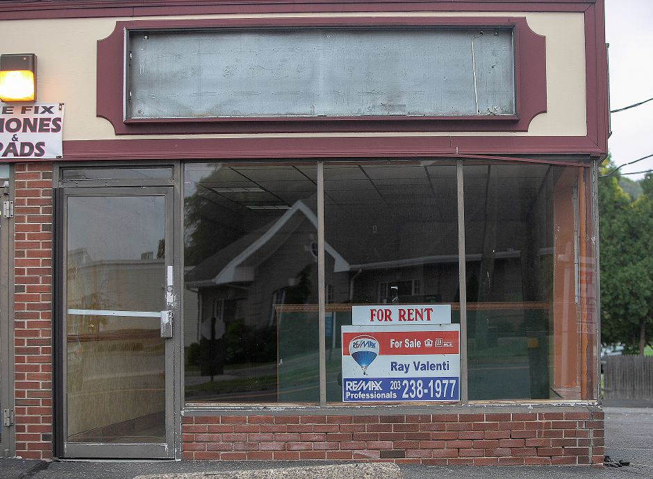 The former location of Subway at 511 W. Main St. in Meriden, Monday, Oct. 8, 2018. The business closed July 31 after 39 years. Dave Zajac, Record-Journal