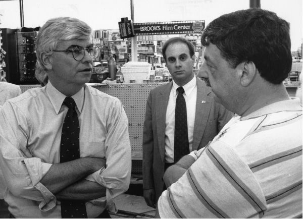 (Left to right) U.S. Sen. Chris Dodd, state Rep. William DeZinno and Jim Sherrange, district manager for Brooks drug store. June 6, 1992.