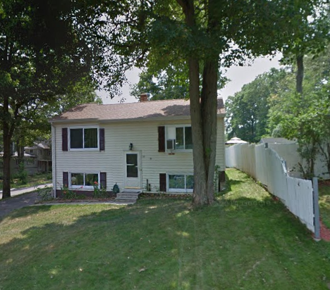 Ana Guajardo to Monical Senoski and Cody Grondahl, 28 Carey Ave., $147,000.