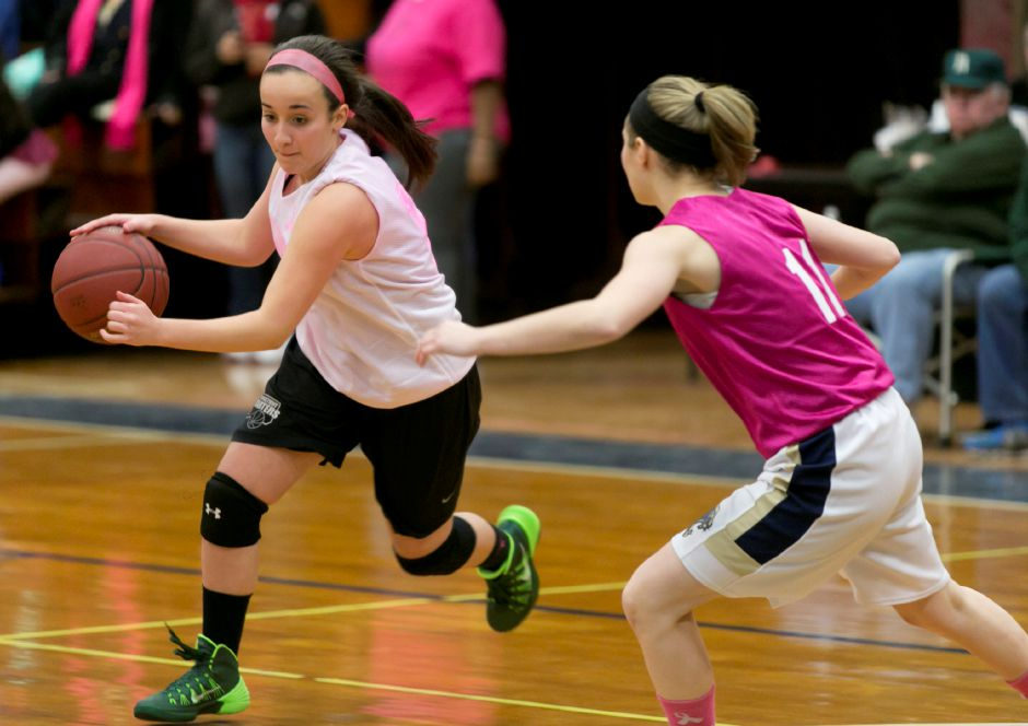 Maloney at Platt girls basketball game in Meriden, Jan. 23, 2014. | Christopher Zajac / Record-Journal