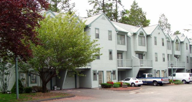 FNMA to Eagle 1 Management LLC, 11 Village View Terrace, Unit 11, $70,040.