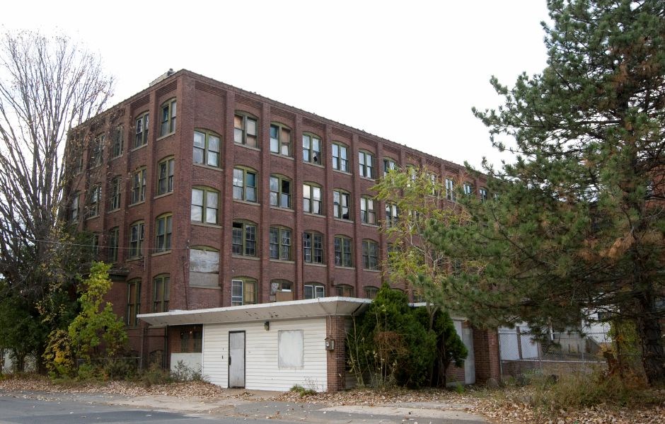 The former Connecticut Telephone and Electrical Company at 70 Britannia St. in Meriden, Wednesday, November 12, 2014. | Dave Zajac / Record-Journal