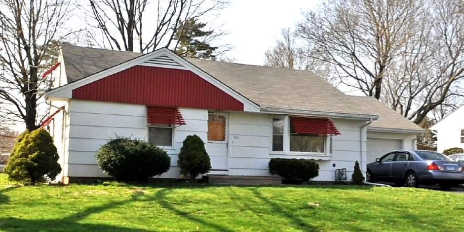 Nationstar Mortgage LLC to Cenimo FT, 153 Gale Ave., $100,000.