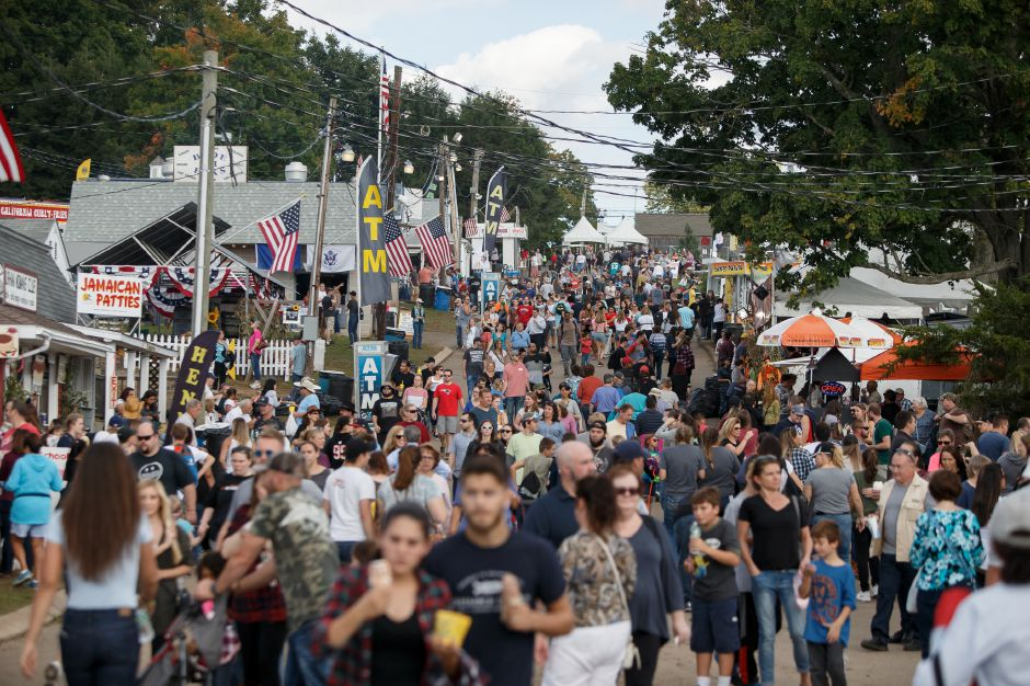 Crowds filled the fairgrounds Saturday during the 99th Durham Fair on the Durham Fairgrounds in Durham September 29, 2018 | Justin Weekes / Special to the Record-Journal