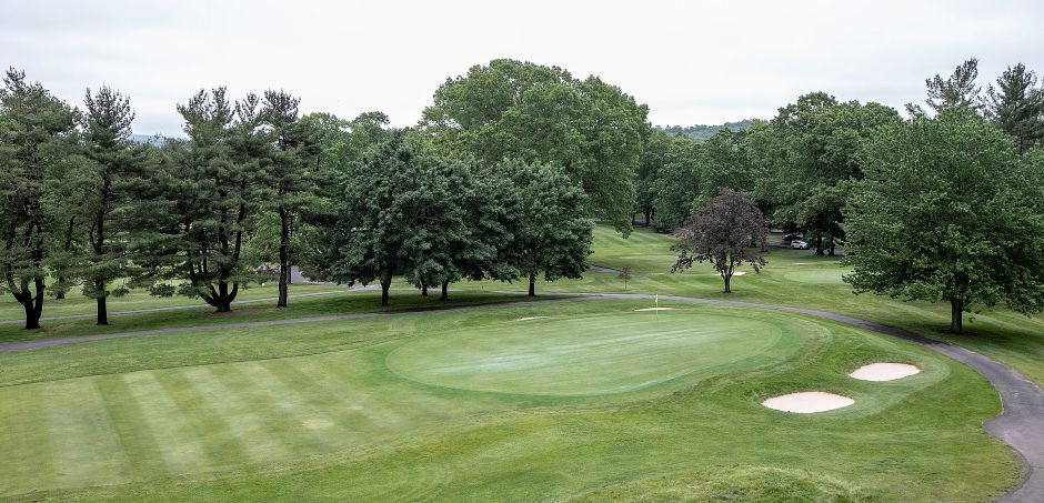 View of Hole#18 from the outdoor dining area at the new Violi's II at Wallingford Country Club, Thurs., May 30, 2019. Violi's II restaurant caters to club members but also the public for lunch and dinner. Dave Zajac, Record-Journal