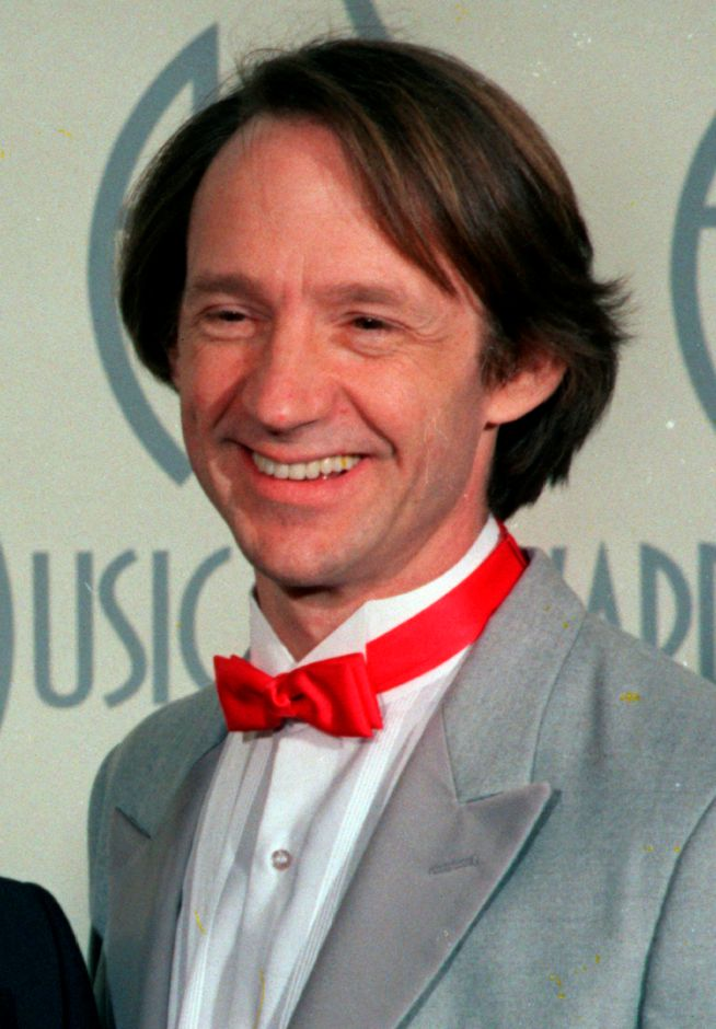 ** FILE ** In this Jan. 26, 1987 file photo, Peter Tork is photographed at the American Music Awards in Los Angeles. Tork, a former member of the 1960s pop group the Monkees, said Thursday, March 5, 2009 that he has a rare form of head and neck cancer, but the prognosis is good. (AP Photo)