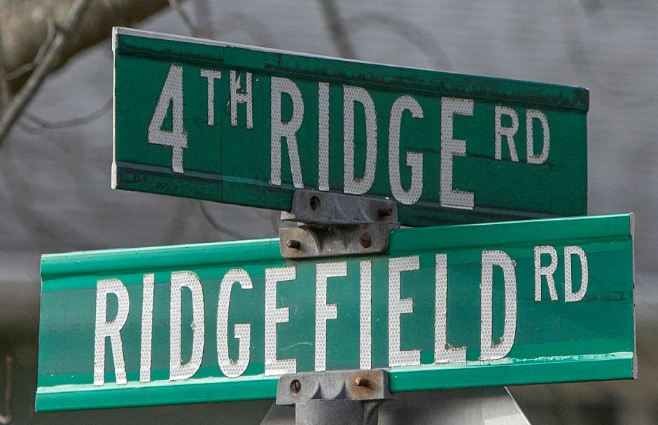 Street signs for 4th Ridge and Ridgefield roads in Wallingford, Wednesday, Nov. 28, 2018. Dave Zajac, Record-Journal