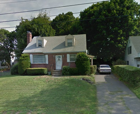 Sound Restorations LLC to Israel Sanchez and Jessica Sachez, 16 Brookdale Road, $191,500.