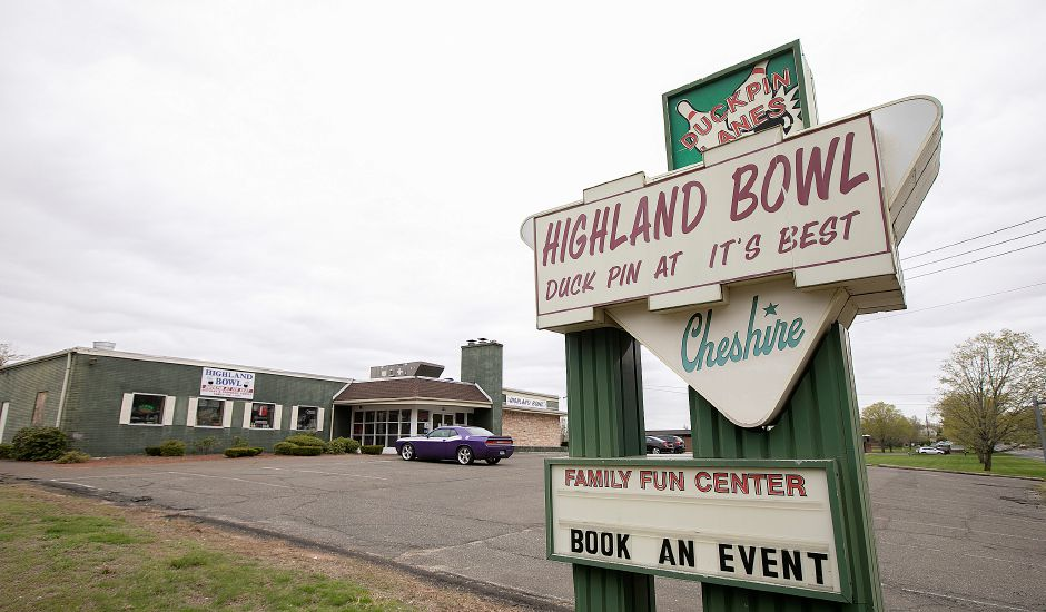 Highland Bowll, 1211 Highland Ave., Cheshire, Fri., May 3, 2019. Highland Bowl is a 20 lane family owned duckpin bowling center. Dave Zajac, Record-Journal