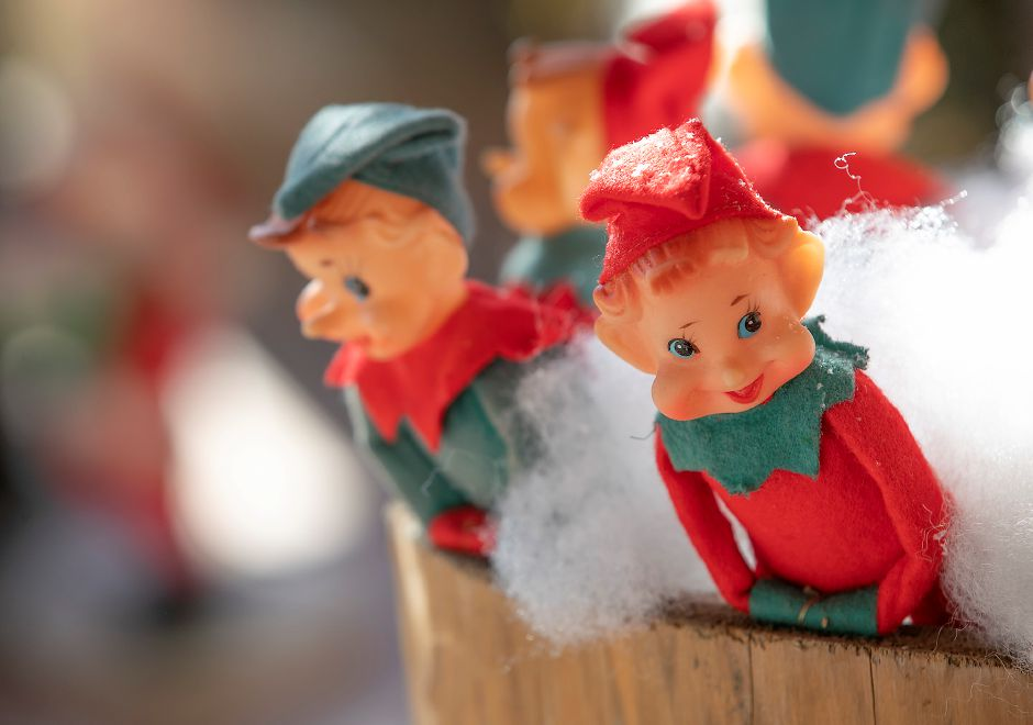 Elf figures peek out from the Stuff Estate Services storefront on Center Street in Wallingford, Fri., Dec. 20, 2019. The business won the award for Most Creative in the Quinnipiac Chamber of Commerce Holiday Window Display Contest. Dave Zajac, Record-Journal