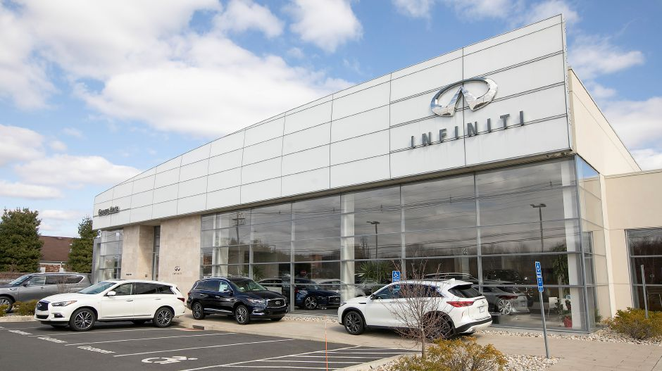 Harte Infiniti, 1076 S. Colony Rd., Wallingford, Tues., Mar. 31, 2020. Dave Zajac, Record-Journal