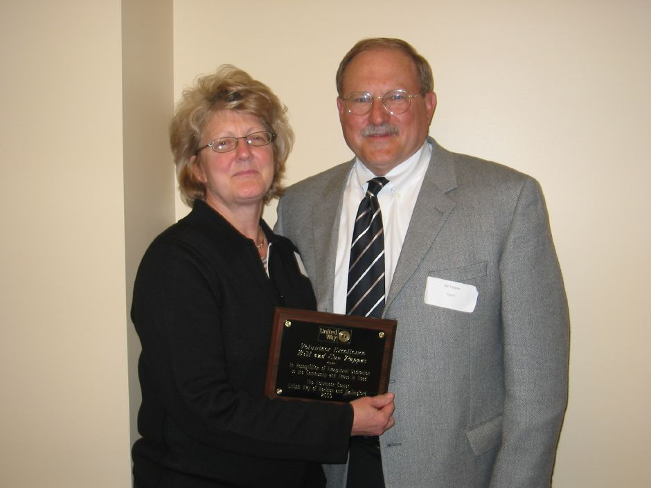 Sue and Bill Pappas receive an award from the United Way of Meriden-Wallingford. Courtesy of the United Way of Meriden-Wallingford.