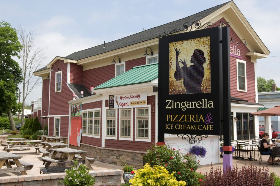 Zingarella Pizzeria & Ice Cream Cafe, 83 W. Main St., Plantsville.