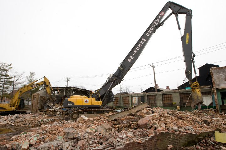 FILE PHOTO: Crews demolish two former Ideal Forging buildings on High St. near the linear trail in Southington, Tuesday, March 31, 2015. | Dave Zajac / Record-Journal