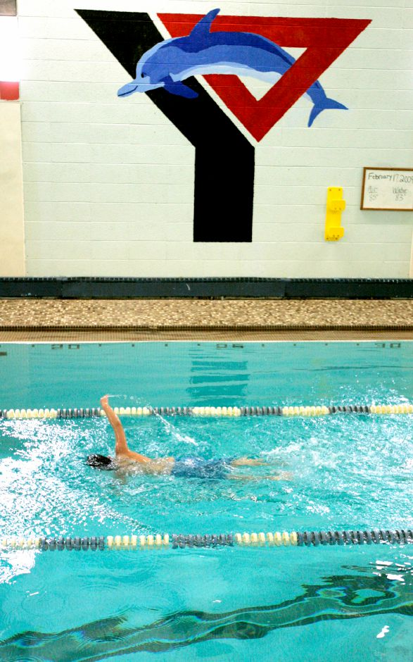 The state's suspension of youth and adult recreational team activities, in effect since November, will be lifted on Tuesday, January 19. Practices can start that day. Competitions can start on February 1. Record-Journal file photo