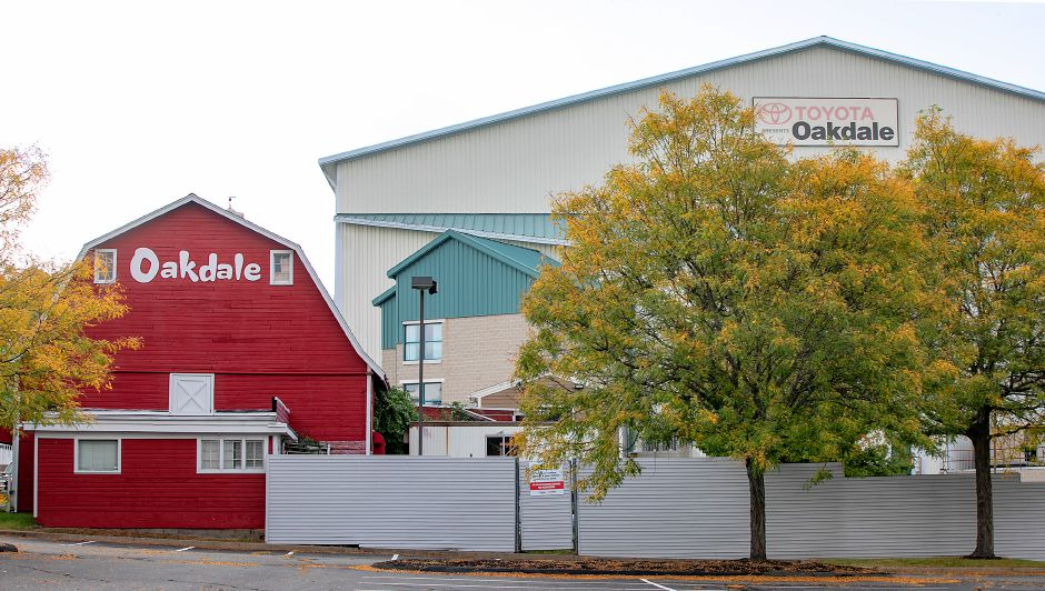 The Toyota Oakdale Theatre, 95 S. Turnpike Rd., Wallingford, Mon., Sept. 28, 2020. Gov. Ned Lamont announced last week that indoor performance venues will be able to open at 50 percent capacity, with face masks and social distancing required. Dave Zajac, Record-Journal