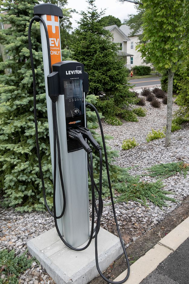 An electric vehicle charging station at the Wallingford train station, Mon., June 10, 2019. Dave Zajac, Record-Journal