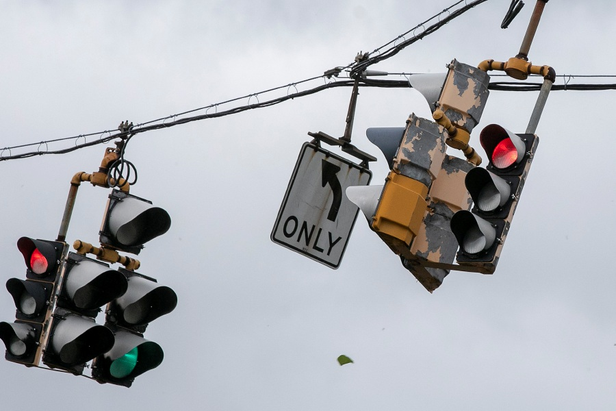 Traffic lights sway from a wind gust on South Broad Street in Meriden during tropical storm Isaias, Tues., Aug. 4, 2020. Dave Zajac, Record-Journal