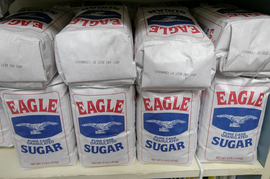 Sugar on the shelves of Les